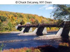 © Chuck DeLaney, NYI Dean image